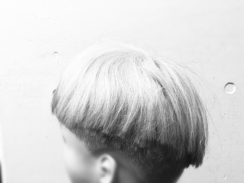 増える 白髪 抜く と